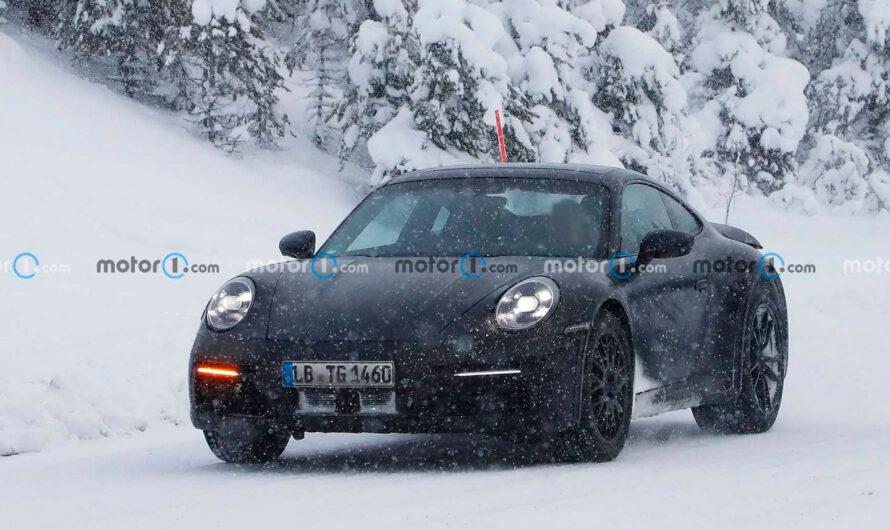 Porsche выпустит специальную версию спорткара 911 для наших дорог