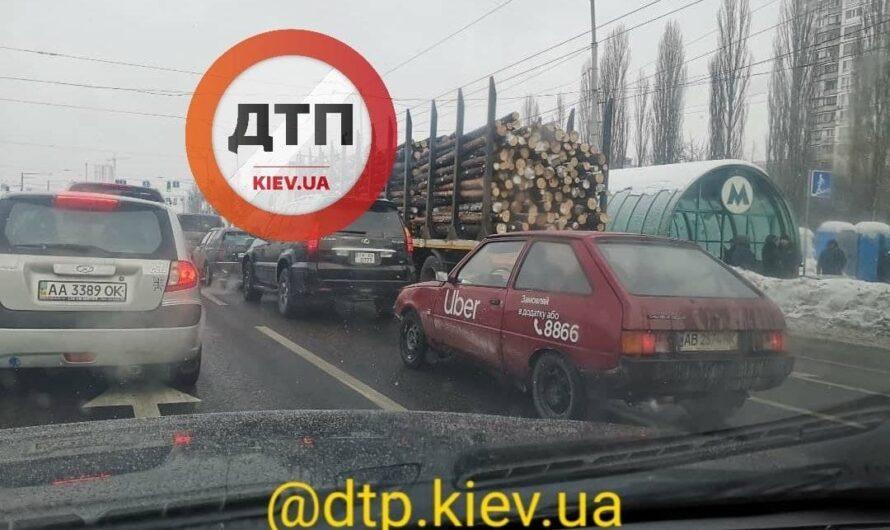 В Киеве заметили очень необычное такси Uber