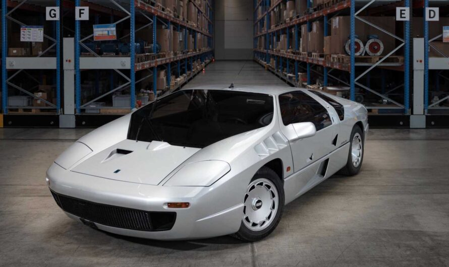 На аукцион выставили самый редкий и самый невероятный суперкар от Mercedes