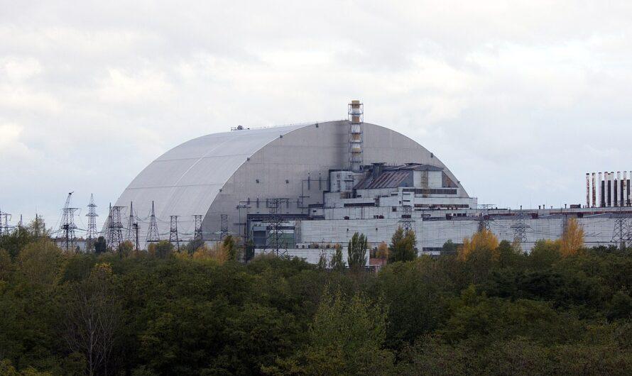 Какие звезды и эксклюзивные авто были замечены в Чернобыле за 35 лет