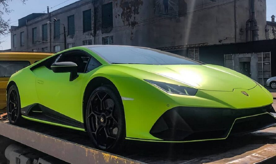 В Украине появился новейший лимитированный суперкар Lamborghini
