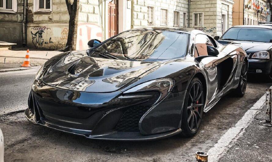 В Украине заметили впечатляющий тюнингованный суперкар McLaren