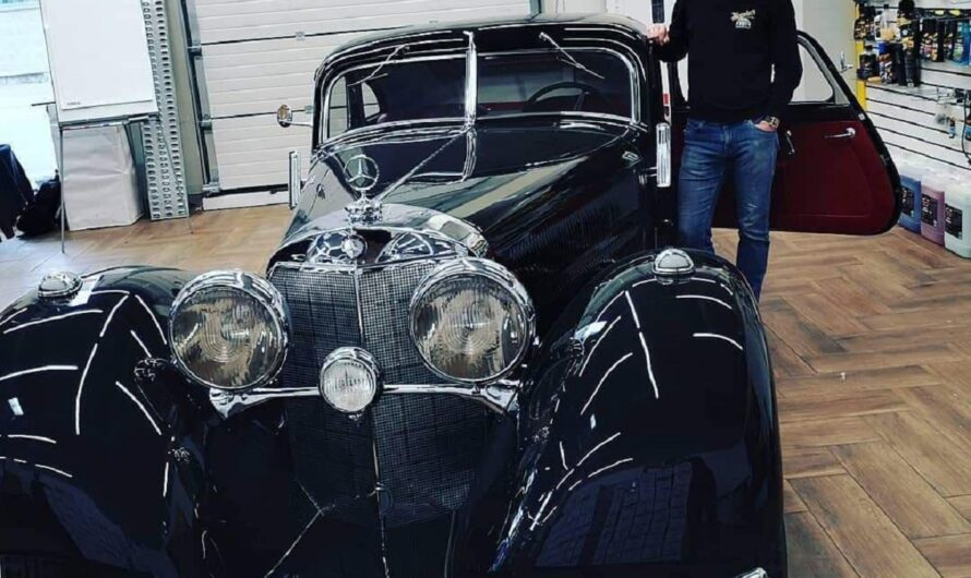 В Украине готовят к сезону культовый суперкар Mercedes начала ХХ века
