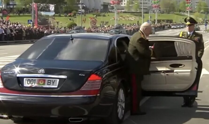Арест Протасевича в Беларуси может быть связан с фото автопарка Лукашенко