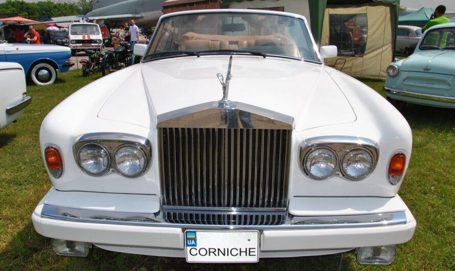 В Киеве показали редчайший роскошный кабриолет Rolls-Royce