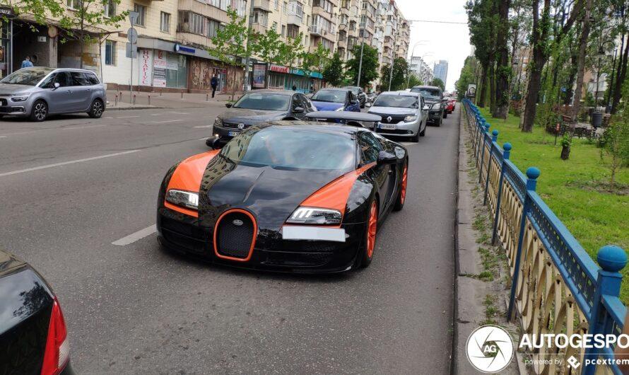 Первый Bugatti Veyron в Украине впечатлил европейцев