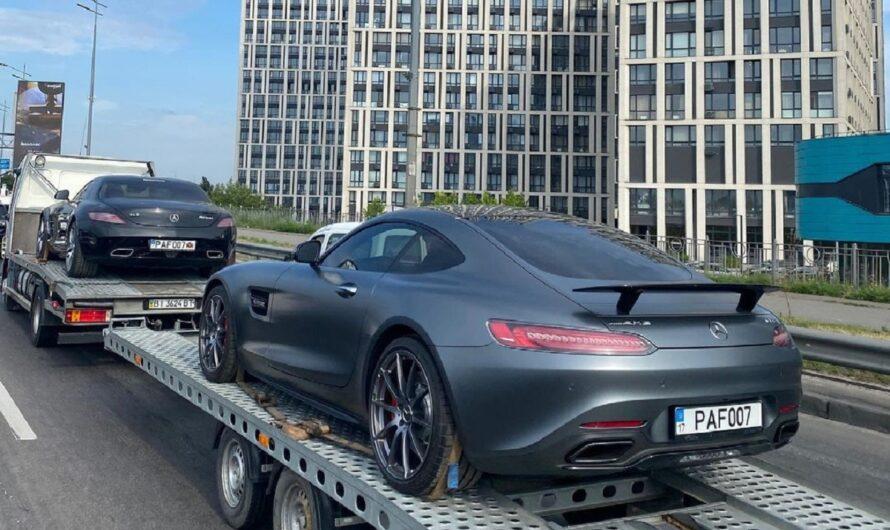 В Киеве засняли два ярких суперкара Mercedes