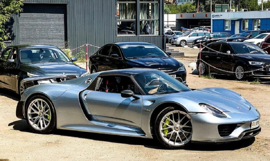 В Украине появился уникальный гиперкар Porsche 918 за миллион евро