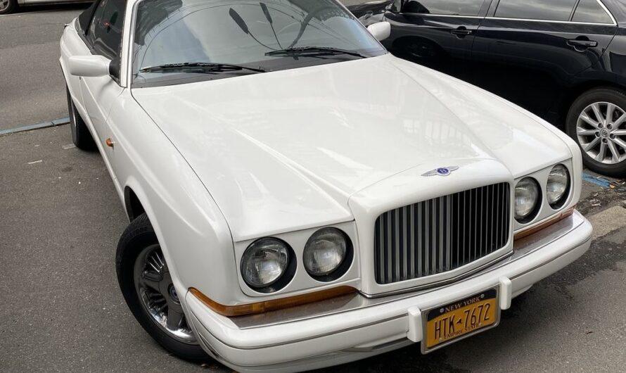 В Украине заметили самый дорогой кабриолет 90-х