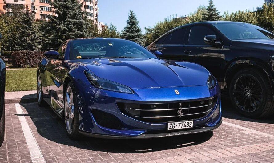 На дорогах Киева появился новый родстер Ferrari Portofino (фото)