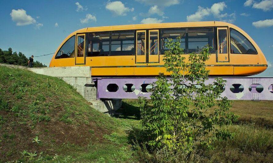 Единственный монорельсовый поезд в Украине спасли от утилизации (фото)