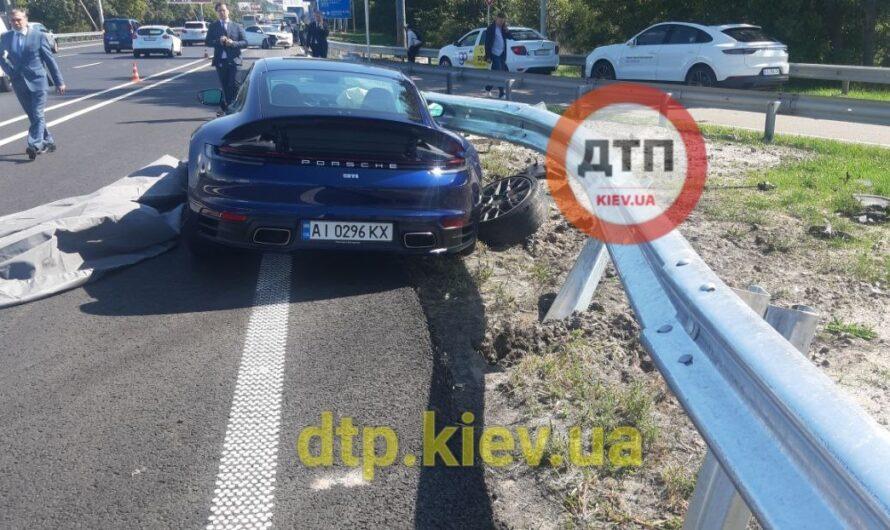 Под Киевом разбили новый Porsche 911 (фото)