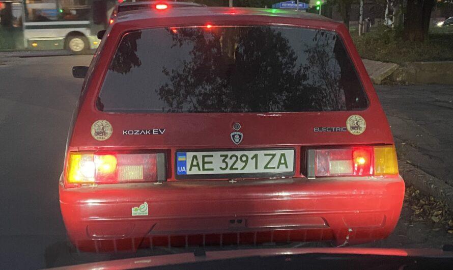 Украинский электромобиль Kozak EV заметили на общих дорогах (фото)