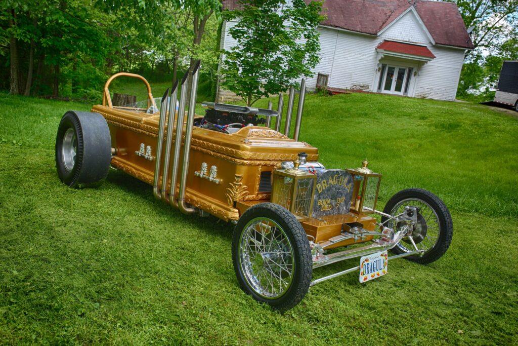 Уникальный автомобиль Дракулы продадут с аукциона (фото) 2